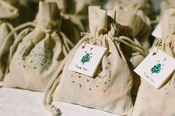 wedding-favour-ideas-inspiration-DIY-jars-plants14