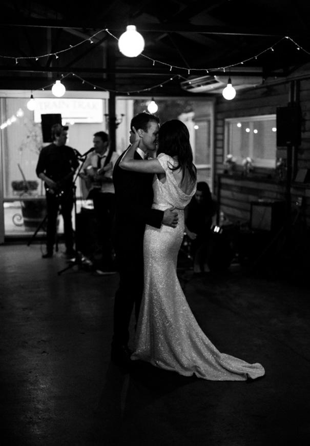 VIC-suzanne-harward-erin-and-tara-romantic-metallic-country-wedding915