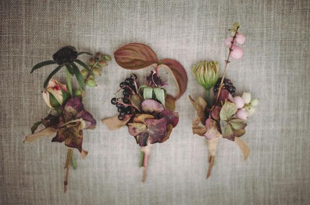 dark-romantic-purple-gold-forest-wedding-inspiration611