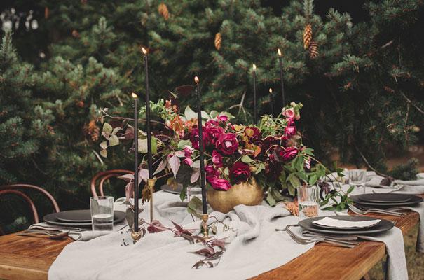 dark-romantic-purple-gold-forest-wedding-inspiration615