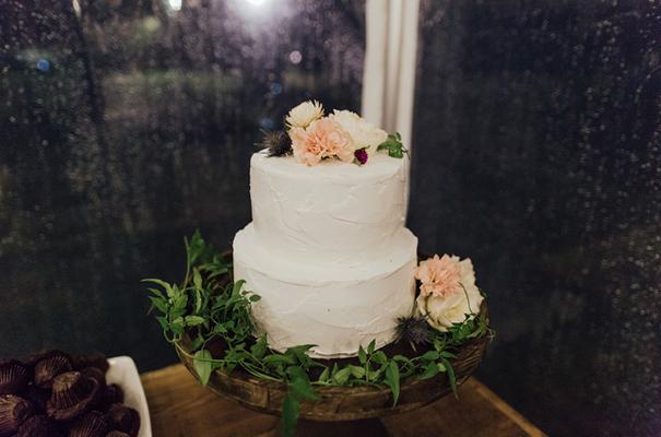 flower-crown-bouquet-inspiration-south-coast-wedding-photographer23