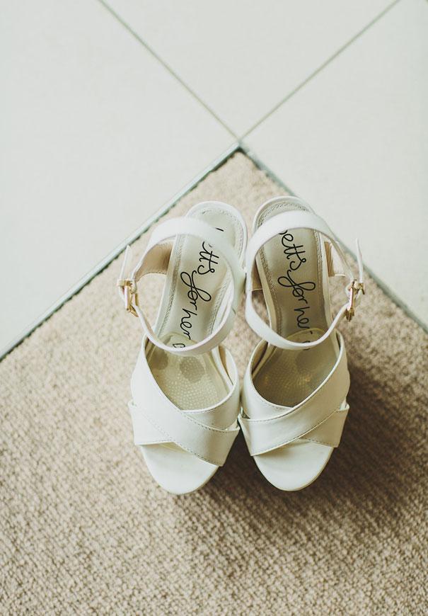 grace-loves-lace-pineapple-farm-wedding