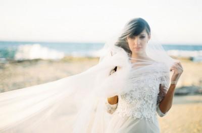 nautical-beach-coastal-blue-white-wedding-inspiration-a-darling-affair6