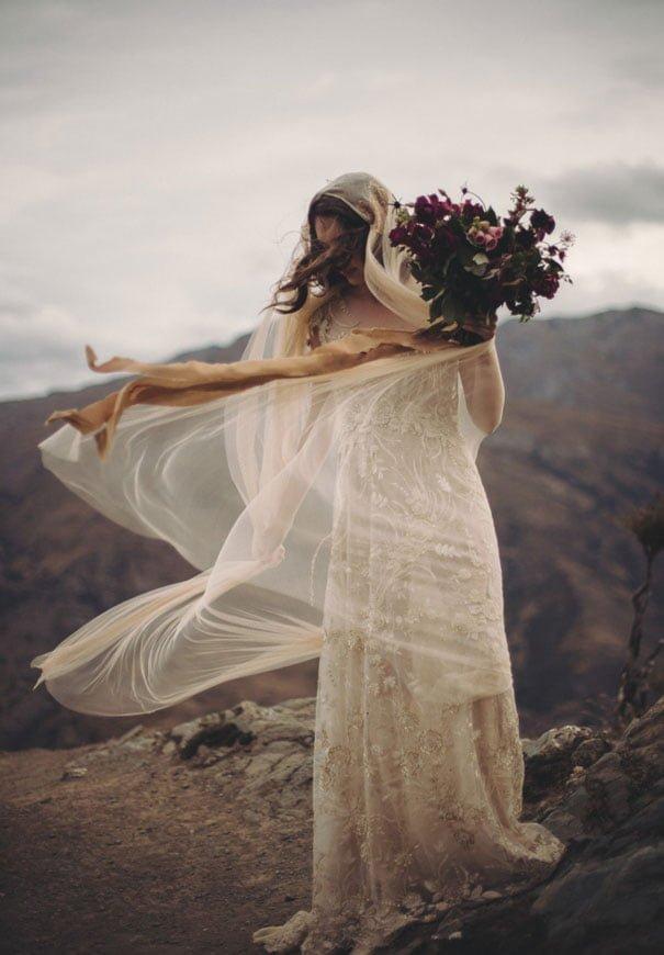 romantic-purple-gold-forest-wedding-inspiration2