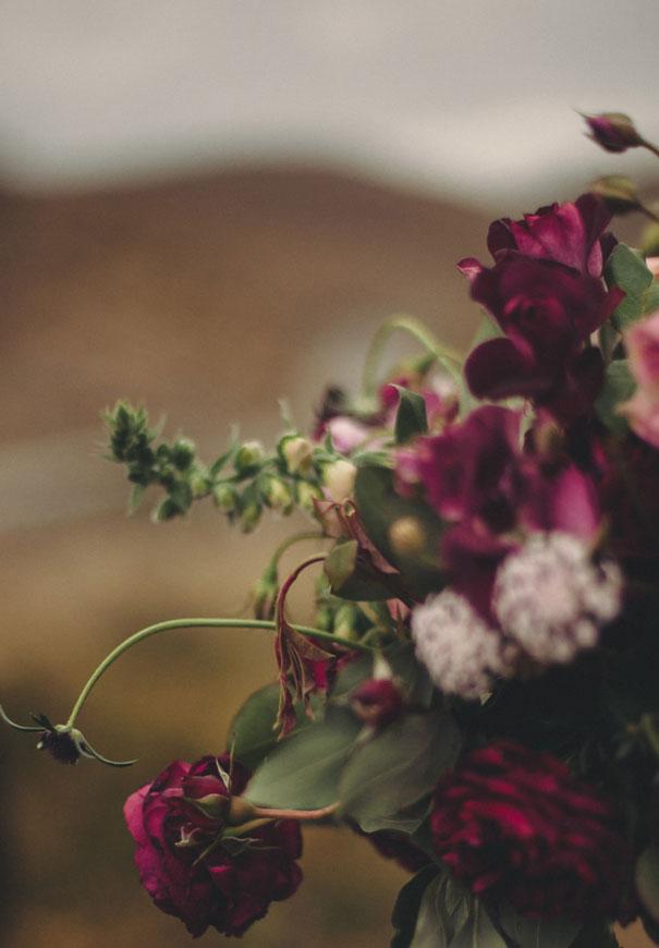 romantic-purple-gold-forest-wedding-inspiration4