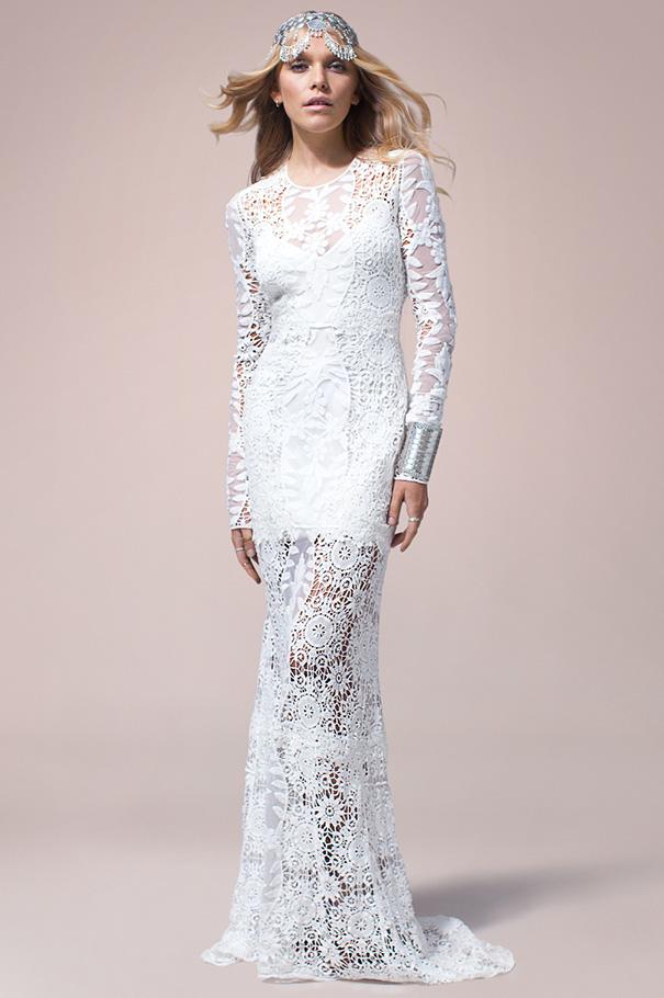 rue-de-seine-2016-bridal-gown-wedding-dress-nomad-boho-romantic-beaded-backless-crochet11