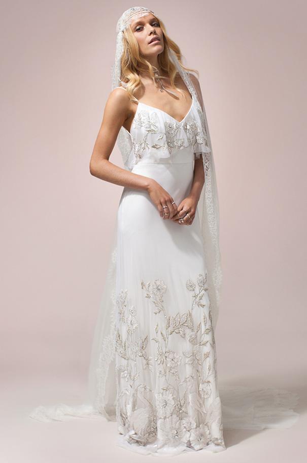 rue-de-seine-2016-bridal-gown-wedding-dress-nomad-boho-romantic-beaded-backless-crochet17