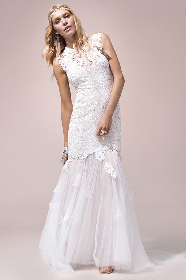 rue-de-seine-2016-bridal-gown-wedding-dress-nomad-boho-romantic-beaded-backless-crochet2