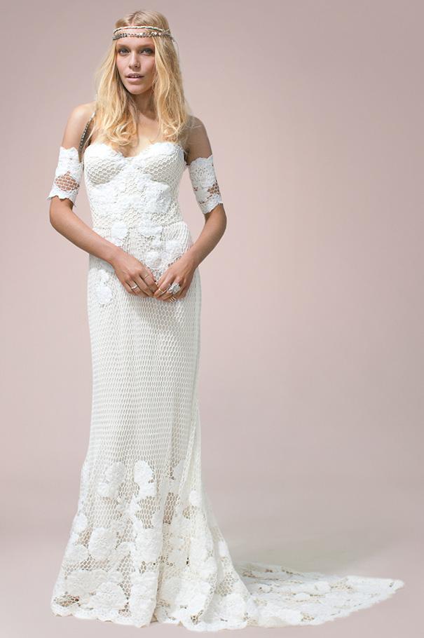 rue-de-seine-2016-bridal-gown-wedding-dress-nomad-boho-romantic-beaded-backless-crochet24