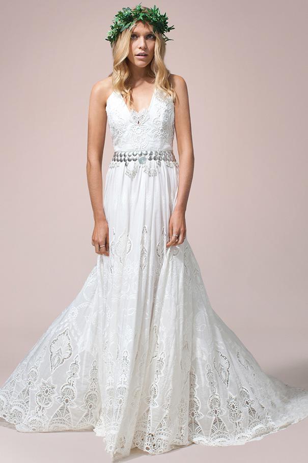 rue-de-seine-2016-bridal-gown-wedding-dress-nomad-boho-romantic-beaded-backless-crochet27