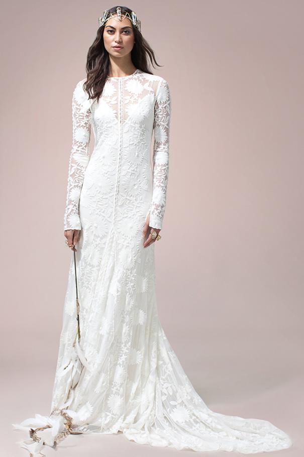 rue-de-seine-2016-bridal-gown-wedding-dress-nomad-boho-romantic-beaded-backless-crochet4