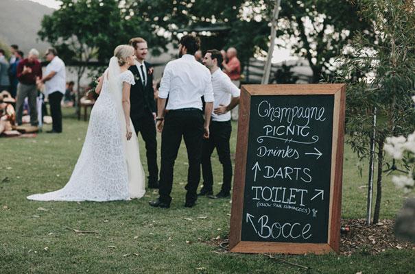 rue-de-seine-luke-going-barn-country-wedding20