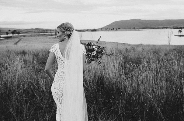 rue-de-seine-luke-going-barn-country-wedding27