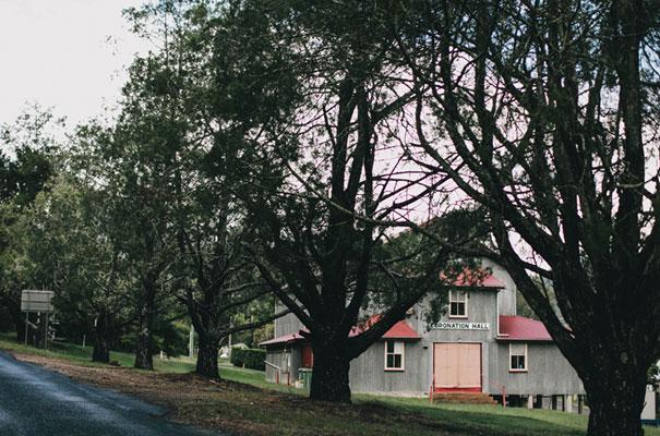 rue-de-seine-luke-going-barn-country-wedding8