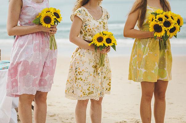 stradbroke-island-teeki-style-beach-coastal-barefoot-bride-wedding11
