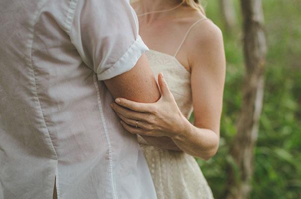 stradbroke-island-teeki-style-beach-coastal-barefoot-bride-wedding18