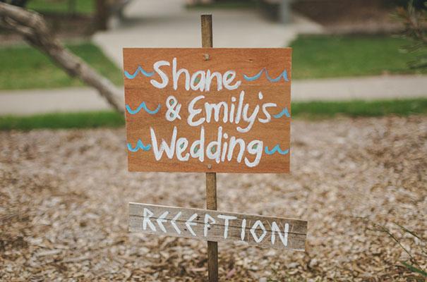 stradbroke-island-teeki-style-beach-coastal-barefoot-bride-wedding22