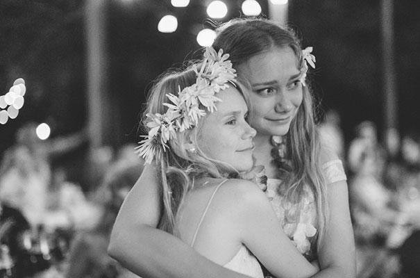 stradbroke-island-teeki-style-beach-coastal-barefoot-bride-wedding31