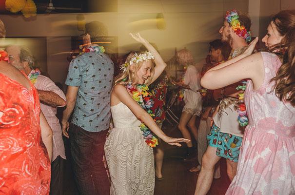 stradbroke-island-teeki-style-beach-coastal-barefoot-bride-wedding34