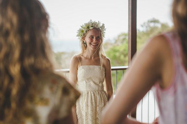 stradbroke-island-teeki-style-beach-coastal-barefoot-bride-wedding4