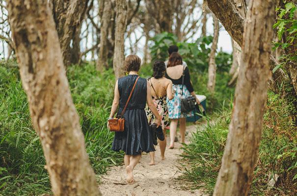 stradbroke-island-teeki-style-beach-coastal-barefoot-bride-wedding5