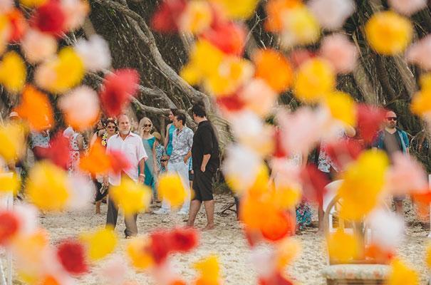 stradbroke-island-teeki-style-beach-coastal-barefoot-bride-wedding6