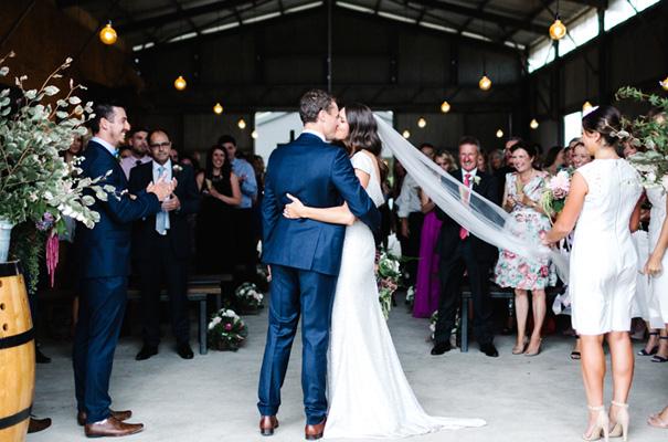 suzanne-harward-erin-and-tara-romantic-metallic-country-wedding14