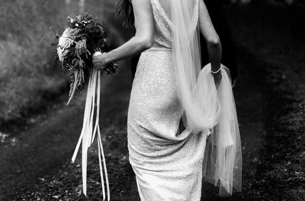 suzanne-harward-erin-and-tara-romantic-metallic-country-wedding19