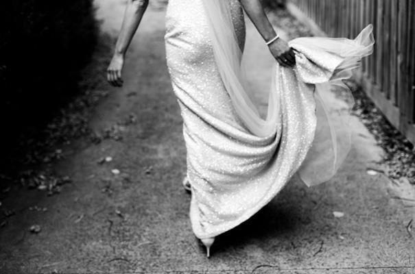suzanne-harward-erin-and-tara-romantic-metallic-country-wedding7