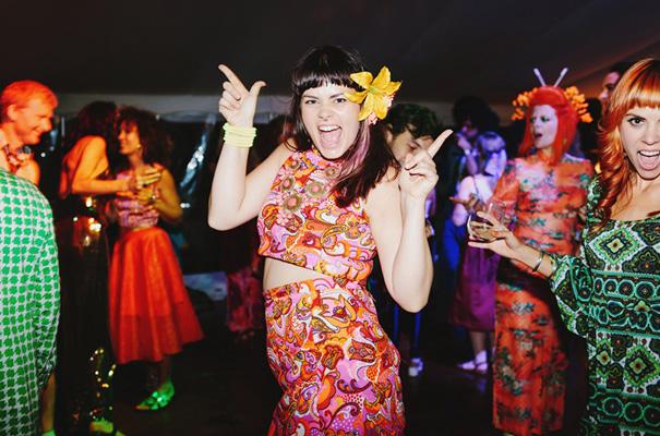 70s-retro-vintage-jewish-bright-fun-wedding-inspiration26