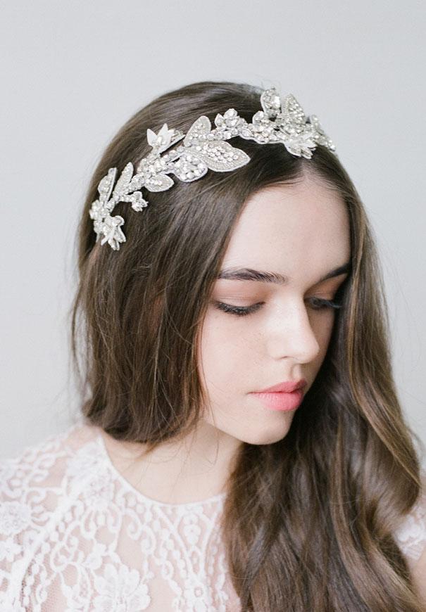 bride-la-boheme-bridal-hair-inspiration-accessories10