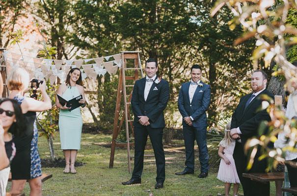 country-wedding-backyard-farm-scott-surplice9