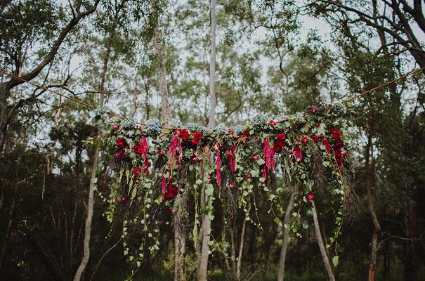 floral-ceremony-reception-tipi-styling-wedding-insporation-justin-aaron17