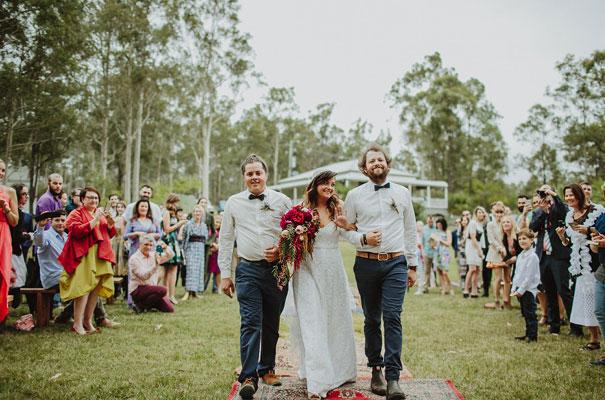 floral-ceremony-reception-tipi-styling-wedding-insporation-justin-aaron21