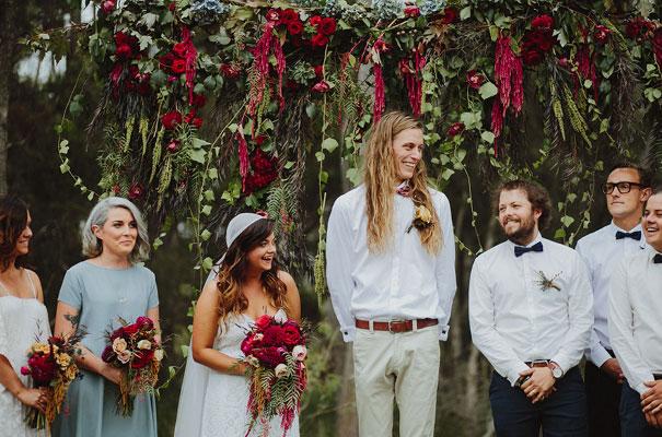 floral-ceremony-reception-tipi-styling-wedding-insporation-justin-aaron23
