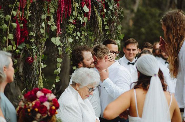 floral-ceremony-reception-tipi-styling-wedding-insporation-justin-aaron25