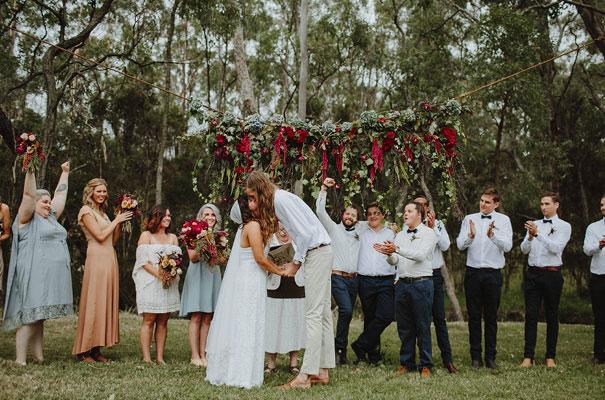 floral-ceremony-reception-tipi-styling-wedding-insporation-justin-aaron28