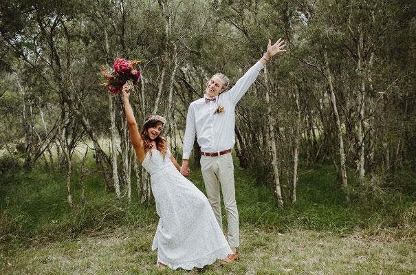 floral-ceremony-reception-tipi-styling-wedding-insporation-justin-aaron45