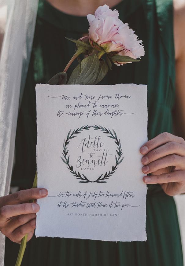 inspiration-peonies-green-wedding-dress-wedding-mud-cake203