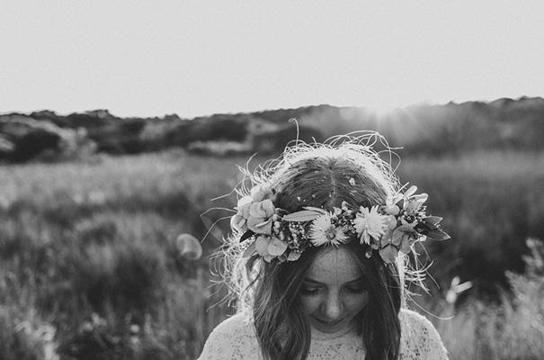 michelle-fiona-engagement-wedding-flower-crown-golden-hour14
