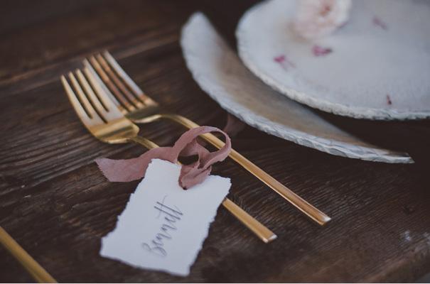 peonies-green-wedding-dress-wedding-mud-cake16