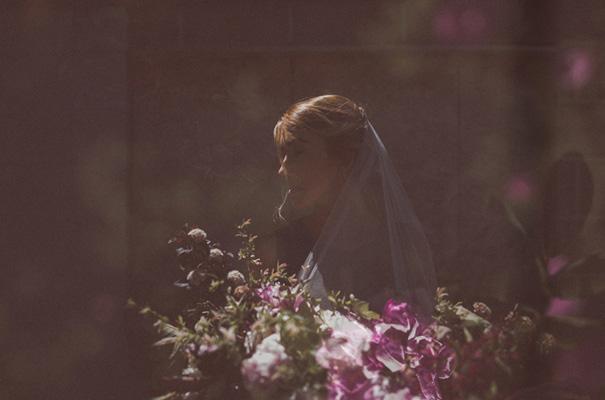 peonies-green-wedding-dress-wedding-mud-cake7