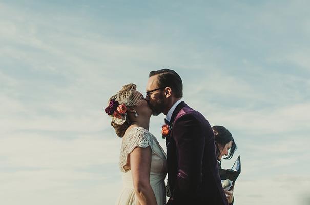 vintage-retro-elegant-bridal-gown-wedding-dress11