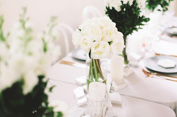 white-chapel-greenery-wedding-inspiration5