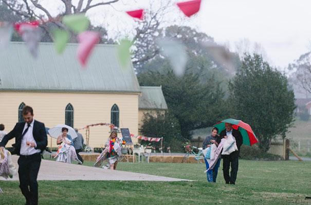 DIY-bright-fun-backyard-wedding13