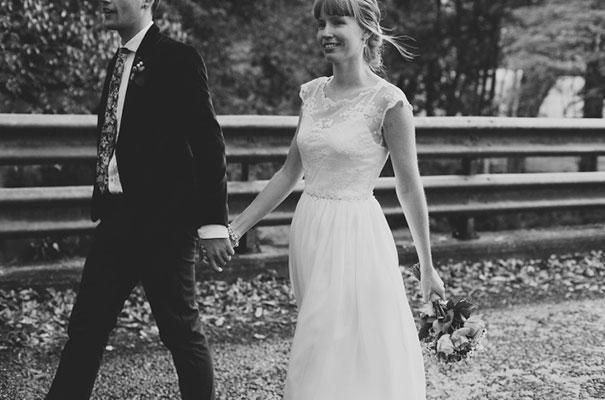 DIY-bright-fun-backyard-wedding32