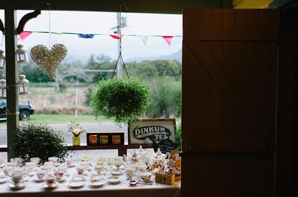 DIY-bright-fun-backyard-wedding39