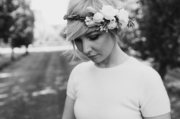 backyard-wedding-inspiration-flower-crown20