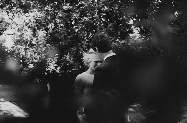 backyard-wedding-inspiration-flower-crown22