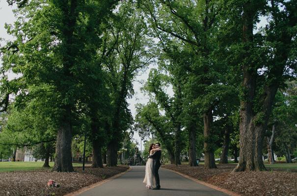melbourne-urban-wedding-oli-sansom-blush-pink-vintage-retro-wedding-bridal-gown24